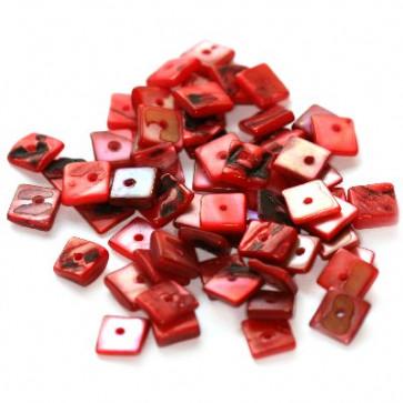 školjke, kvadratne ploščate 1 cm, rdeče, 50 gr