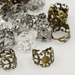 osnova za prstan s ploščico 8 mm, premer nastavljivega obročka: 17 mm, bakrene b., 1 kos