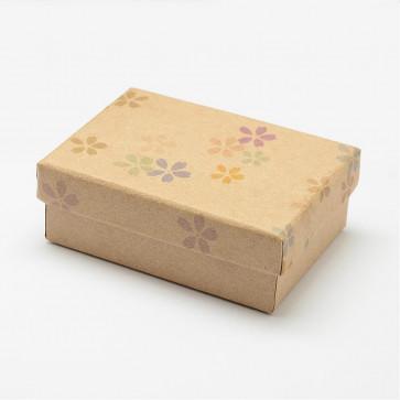 škatla iz kartona 9x6.3x3.2cm, rjava z rožicami, 1 kos
