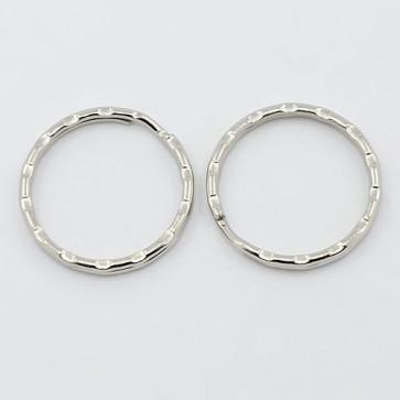 osnova za obesek (za ključe) 25x1.5 mm, srebrne b., 1 kos