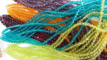 steklene perle, nepravilno okrogle 6 mm, mix, 1 niz - cca 56 kos