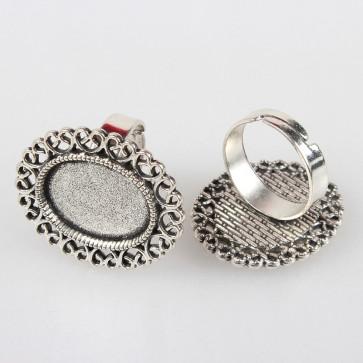 osnova za prstan za kapljico 13x18 mm, premer nastavljivega obročka: 17 mm, b. starega srebra, 1 kos