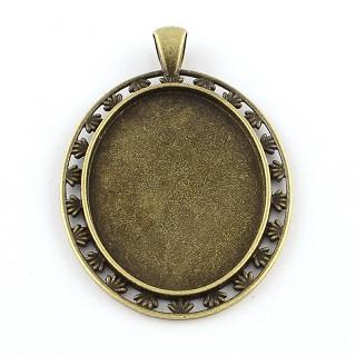 osnova za obesek - medaljon 58x39x2.5mm, antik, brez niklja, velikost kapljice: 30x40 mm, 1 kos