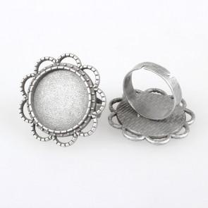 osnova za prstan za kapljico 18 mm, premer nastavljivega obročka: 17 mm, b. starega srebra, 1 kos