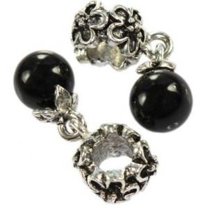 kovinski obesek s črno perlo 8 mm, 1 kos
