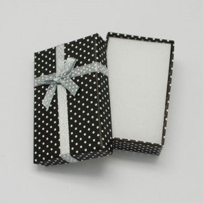 škatla za nakit 90x70x30 mm, črne barve, 1 kos
