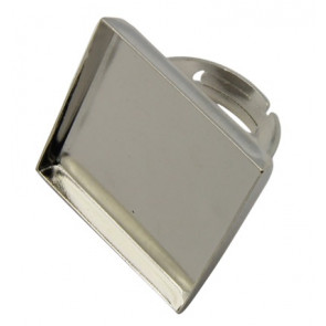 osnova za prstan za kapljico 25 x 25 mm, premer nastavljivega obročka: 17mm, platinaste b., 1 kos