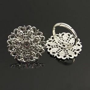 osnova za prstan z ornamentom 25 mm, premer nastavljivega obročka: 18~19 mm, platinaste b., 1 kos