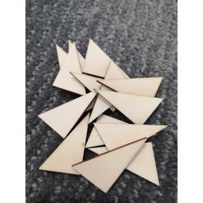 lesena kapljica - trikotnik 40x25 mm, naravna, 1 kos