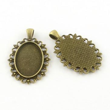osnova za obesek - medaljon 49.5x32.5x2 mm, antik, brez niklja, velikost kapljice: 30x20 mm, 1 kos