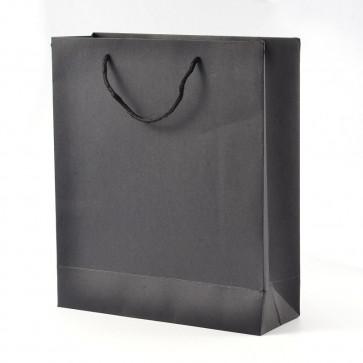 vrečka iz kartona 20x15x6 cm, črna, 1 kos