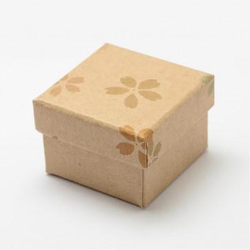 škatla iz kartona za prstan 4.8x4.8x3.9 cm, rjava z rožicami, 1 kos