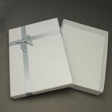 škatla za nakit 160x120x30 mm, bela s pikami, 1 kos