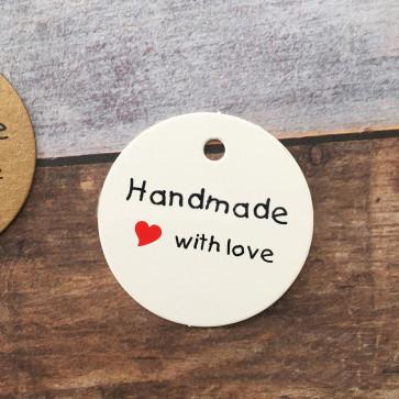 "kartonček z napisom ""Handmade with love"", bele barve, okrogel - premer 45 mm, 1 kos"