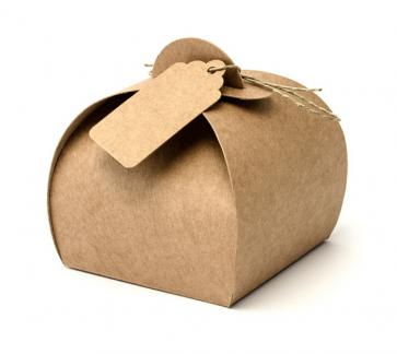 darilna embalaža, 6x6x5.5cm, rjave barve z vrvico in oznako, 1 kos