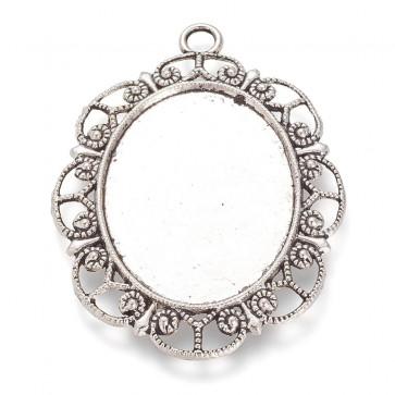 osnova za obesek - medaljon 63x47x3 mm, b. starega srebra, brez niklja, velikost kapljice: 40x30 mm, 1 kos