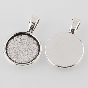 osnova za obesek - medaljon 28x19x2 mm, b. starega srebra, velikost kapljice: 16 mm, 1 kos