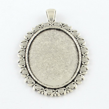 osnova za obesek - medaljon 60x42x3 mm, barva starega srebra, velikost kapljice: 40x30 mm, 1 kos