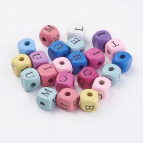 lesene perle 10x10x10 mm, luknja: 3~4 mm, mix - črke, 50 g