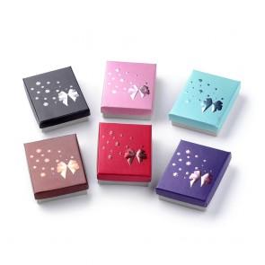 """darilna embalaža za nakit z vzorcem """"pentlje in rož"""", 9,5x7x2,5 cm, roza b., 1 kos"""