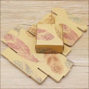 zložljiva škatla iz kartona - z vzorcem perja, 6.5x6.5x3cm, rjava b., 1 kos