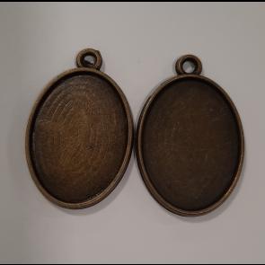 osnova za obesek - medaljon 32x21x3mm, antik, brez niklja, velikost kapljice: 18x25 mm, 1 kos