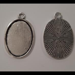 osnova za obesek - medaljon 32x20.5x2mm, b. starega srebra, velikost kapljice: 18x25 mm, 1 kos