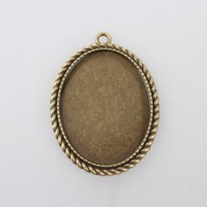 osnova za obesek - medaljon 51x37x2mm, antik, brez niklja, velikost kapljice: 30x40 mm, 1 kos