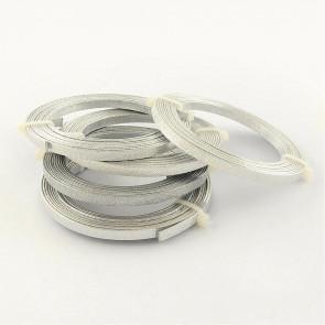alu barvna žica za oblikovanje - ploščata, širina: 5 mm, debelina: 1 mm, srebrne barve z vzorcem, 2 m