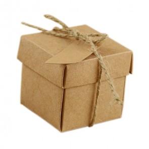 darilna embalaža 5x5x5 cm, rjave barve, z vrvico, zložljiva, 1 kos