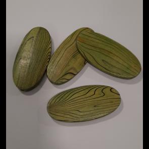 lesene perle 30x60 mm, ovalne, sv. zelene, 1 kos