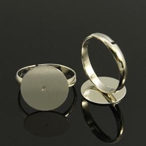 osnova za prstan s ploščico 14 mm, premer nastavljivega obročka: 17 mm, platinaste b., brez niklja, 1 kos