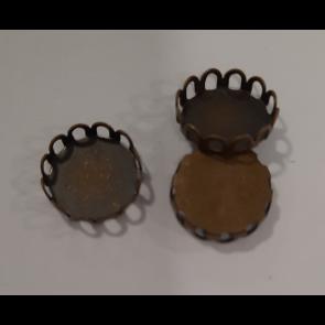 osnova za obesek - medaljon, antik, brez niklja, velikost kapljice: 10 mm, 1 kos