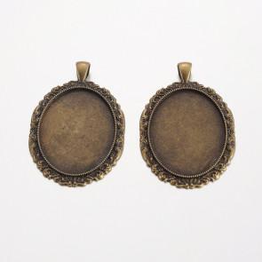 osnova za obesek - medaljon 58x38x2 mm, antik, brez niklja, velikost kapljice: 30x40 mm, 1 kos