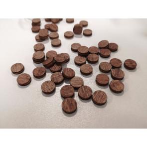 lesena kapljica - okrogla 10 mm, ploščata, temno rjave barve, 1 kos