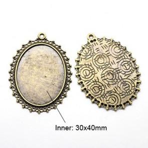 osnova za obesek - medaljon 54x41x2mm, antik, velikost kapljice: 30x40 mm, 1 kos