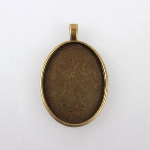 osnova za obesek - medaljon 52x33x6 mm, antik, brez niklja, velikost kapljice: 30x40 mm, 1 kos