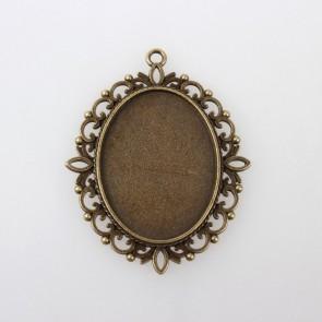 osnova za obesek - medaljon 61x48x2.5mm, antik, brez niklja, velikost kapljice: 30x40 mm, 1 kos