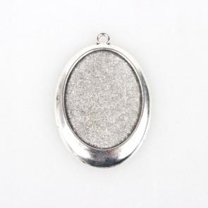 osnova za obesek - medaljon 55x38x3 mm, b. starega srebra, velikost kapljice: 30x40 mm, 1 kos