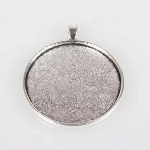 osnova za obesek - medaljon 51.5x43x2 mm, b. starega sr., velikost kapljice: 40 mm, 1 kos